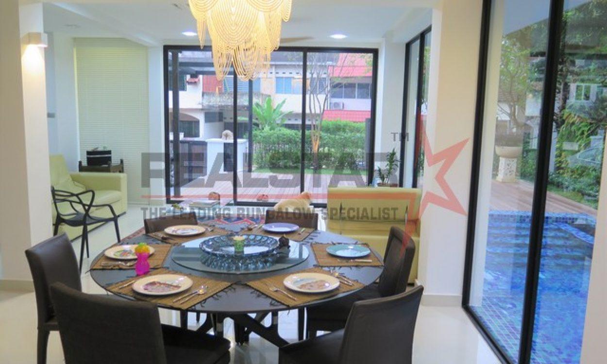 Well-renovated Semi-Detached – Beauty World MRT