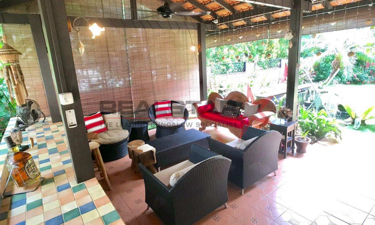 Tanjong Katong Country Style Bungalow!