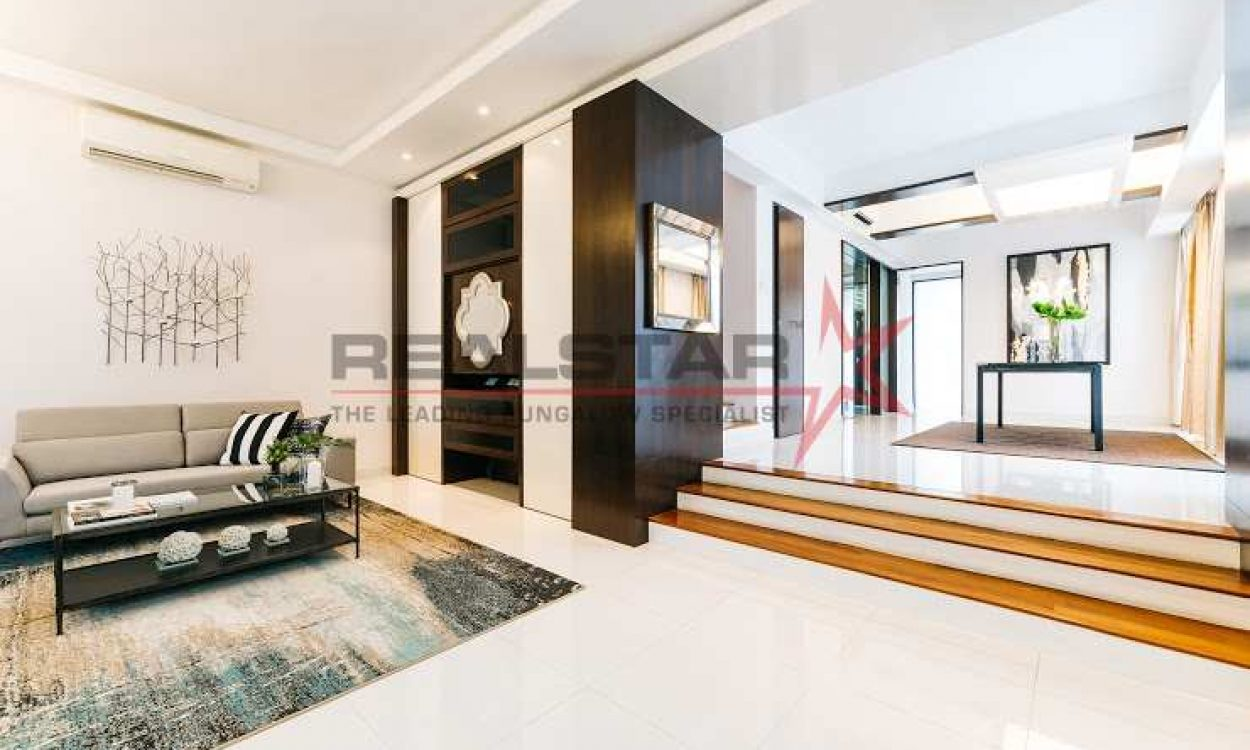Charming Semi-Detached @ Bedok
