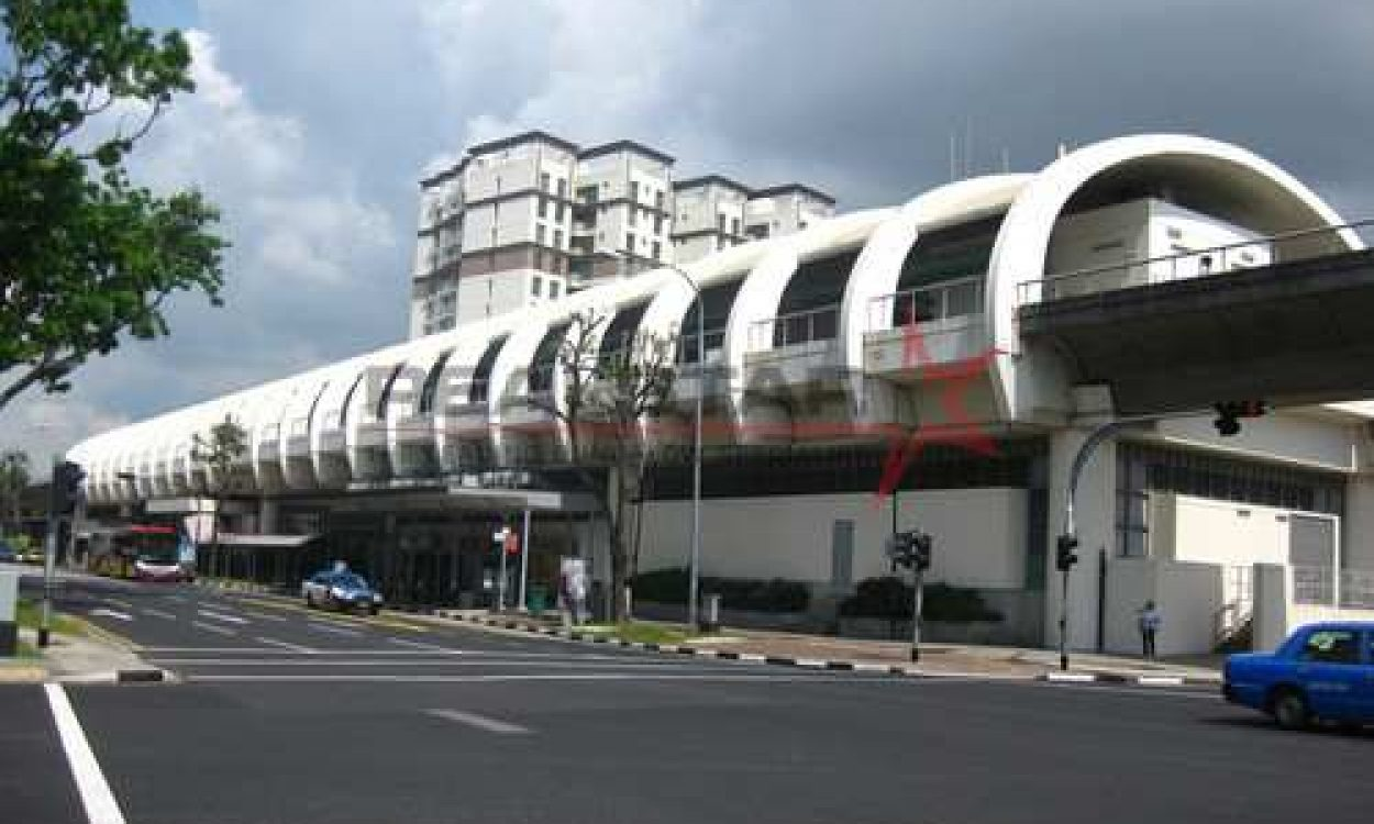 Within 10 mins walk to Kembangan MRT 3sty Semi-D at $4.xM!