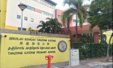 Quiet and Near Popular Schools